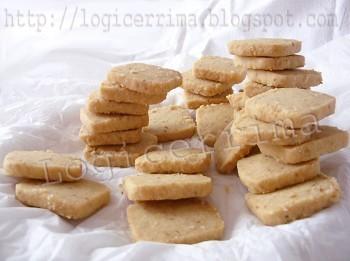 [ Biscotti con Nocciole ]