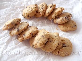 [ Cookie alla Nocciola e Gocce di Cioccolato ]