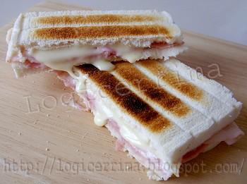 [ Toast al Prosciutto e Formaggio ]