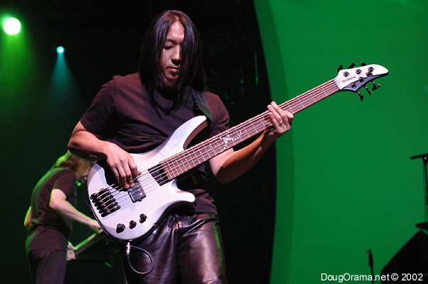 John Myung -Dream theater-gran bajista