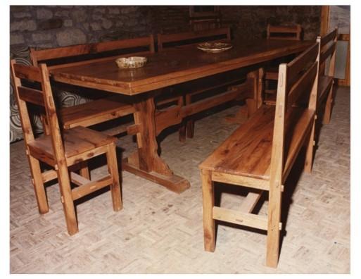 Tavolo Moderno E Sedie Antiche.Tavolo In Cerro