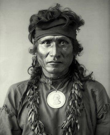 Indian faces sioux cheyenne mescalero apache arapaho for Plenty of fish cheyenne