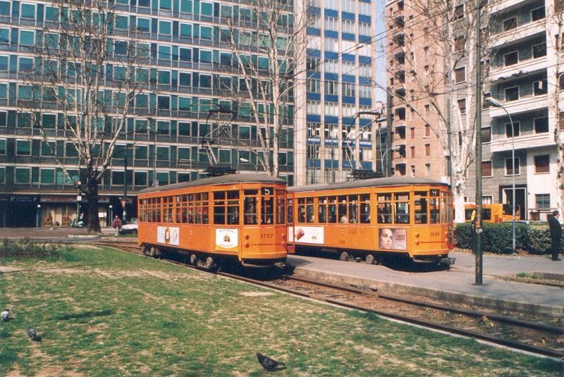 Central station milano the urban tramways for Arredare milano piazza iv novembre