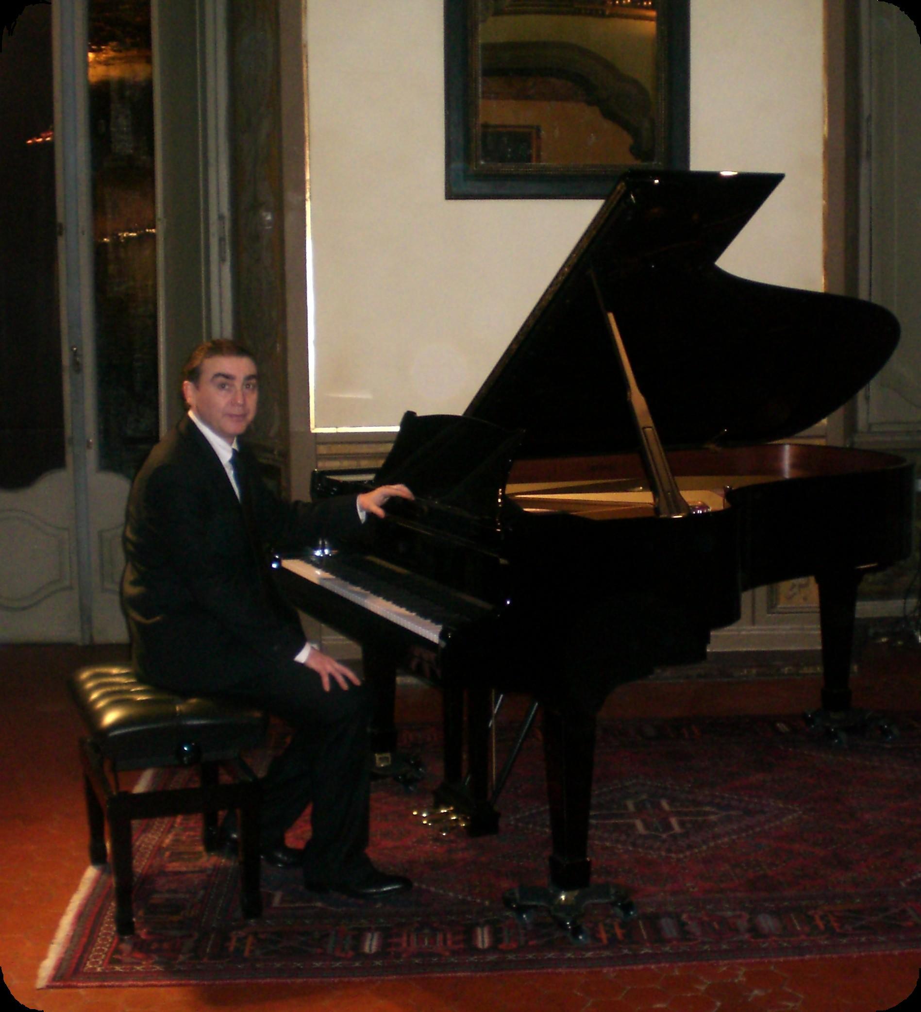 Daniele Mezzatesta - Pianista ed Accordatore di Pianoforti