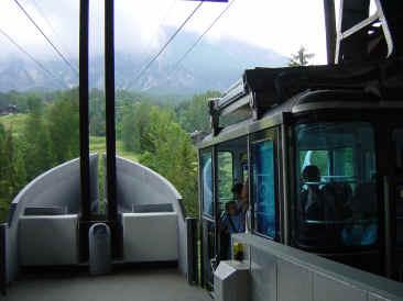 La funivia faloria intervento innovativo sulla funivia for Vista sulla valle cabine colline hocking