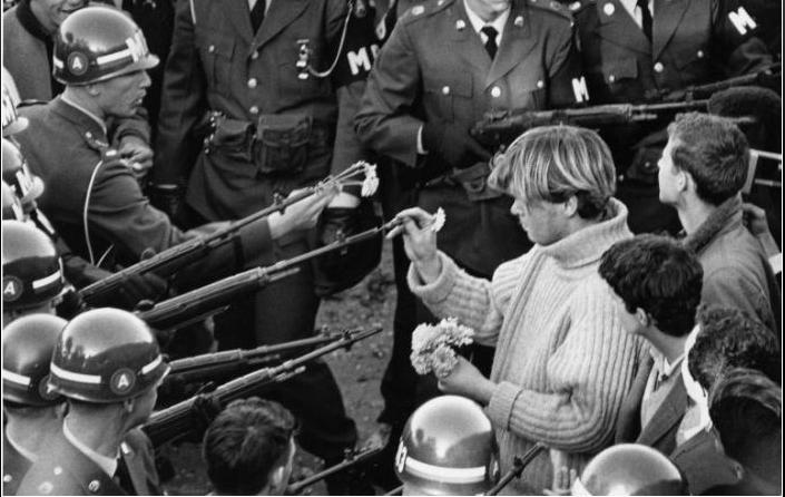 contestazione guerra vietnam