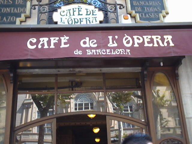 """La imagen """"http://digilander.libero.it/Tenebre1974/images/Crociera/barcelona_cafe_de_l'opera.jpg"""" no puede mostrarse porque contiene errores."""