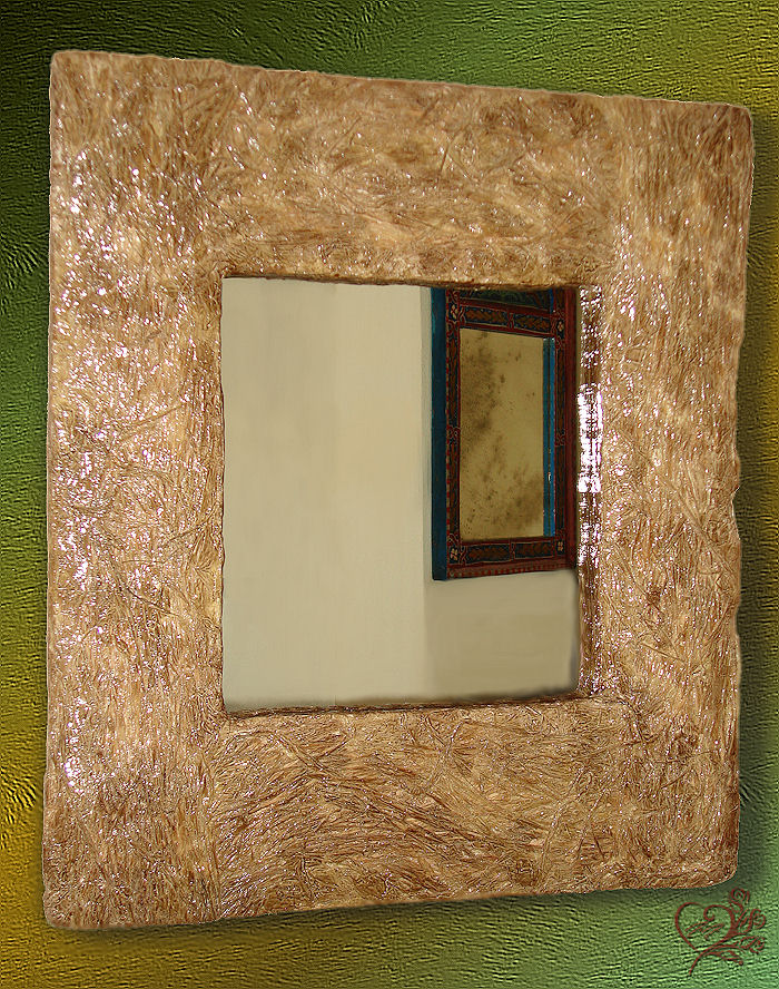 cornice con specchio