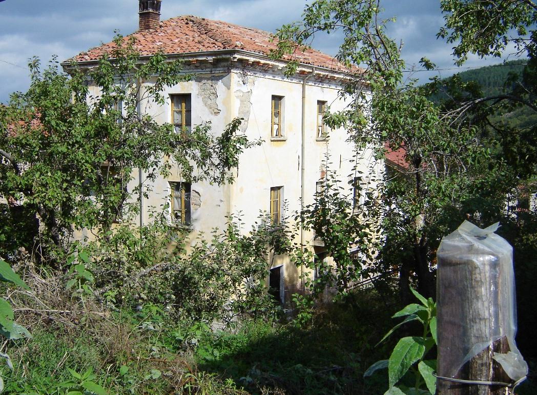 Case in vendita for Aprire piani casa seminterrato