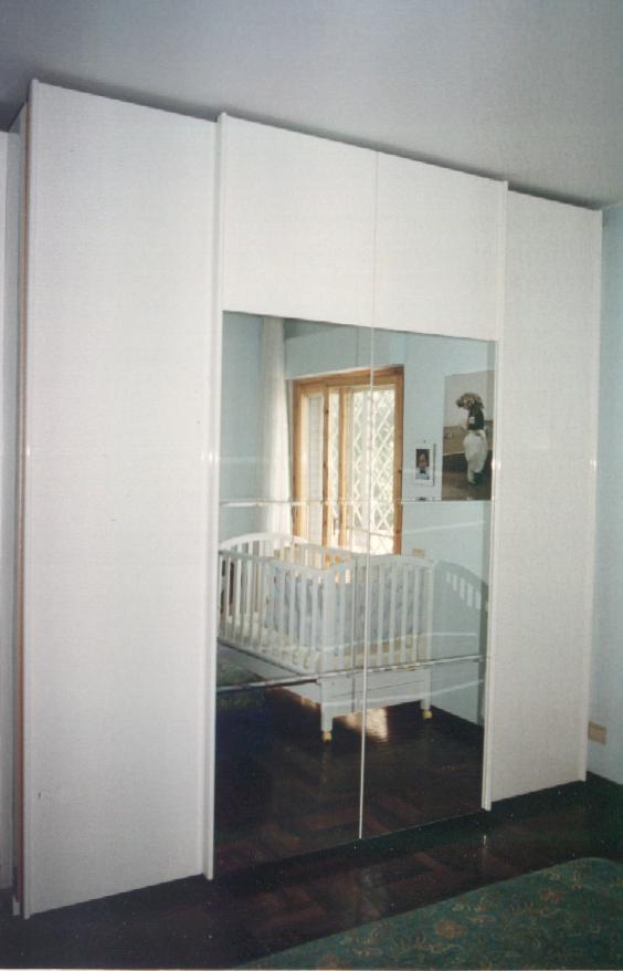 Porte scorrevoli armadio a muro cool porte in vetro - Ante scorrevoli per armadi a muro prezzi ...