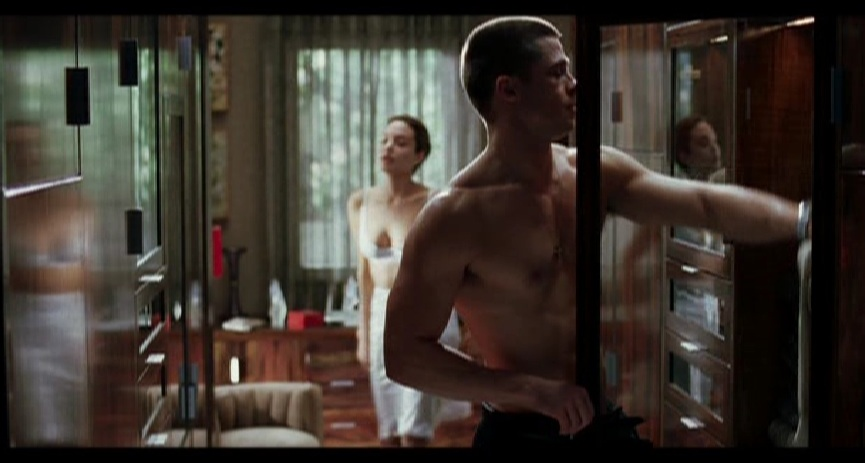 Sottoveste, che passione!!! - Cinema - Foto Angelina Jolie - Mr. & Mrs. Smith