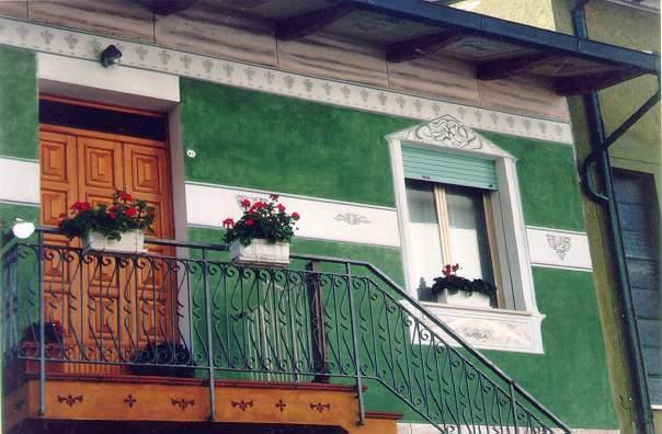 Decorazione di interni esterni pittore decoratore for Decora la tua casa