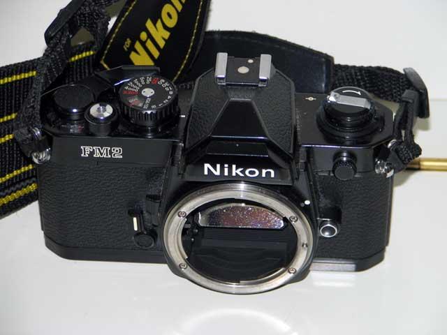 Usato garantito come controllare e scegliere una macchina fotografica usata fotografia - Pulizia specchio reflex ...