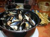 Sull'Oceano Claudia non rinuncerebbe mai ad una 'marmitta' di Moules+frites!!!