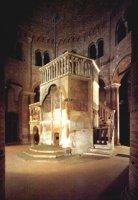 >>Il santo sepolcro secondo la copia nella chiesa di santo  Stefano a Bologna
