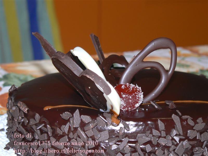 Pin decorazioni al cioccolato per torte on pinterest for Decorazioni di cioccolato per torte