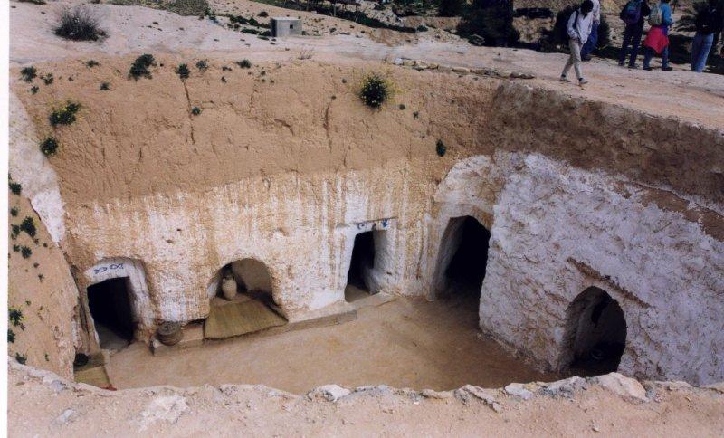 Foto tunisia luca calzone 39 s site for Costo per costruire una casa in piccola roccia
