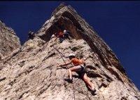 climb small.jpg (10919 byte)