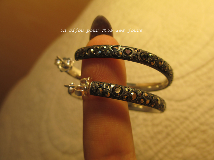http://digilander.libero.it/gufogiulio/Pomellato%2067%20-%20Hoop%20earrings/22.jpg