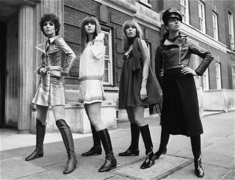 1960s fashion for women