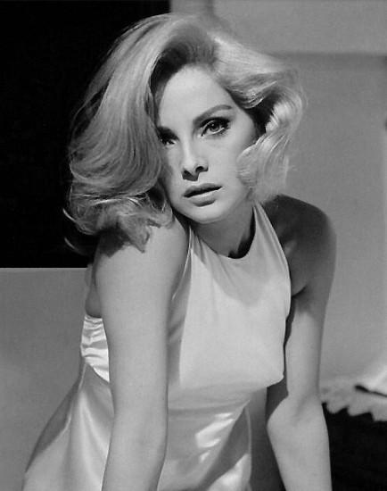Hair Style Vintage 60s 70s Girls Women Hairdo 1960
