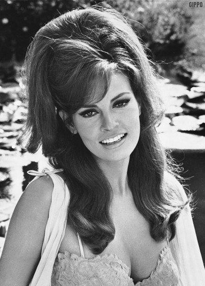 1970 Hairstyles afros 1970s Usa 1968 Raquel Welch Foto