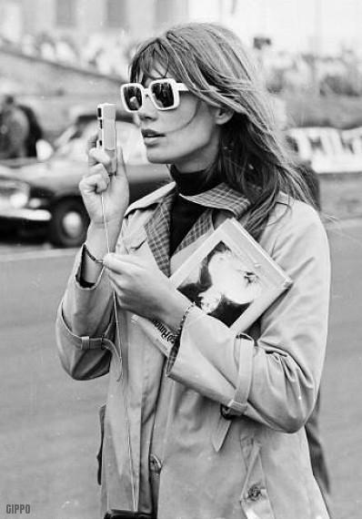 http://digilander.libero.it/guido_1953/pics/sunglasses/a1966-francoise-hardy.jpg