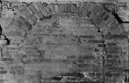 Fig 26 chiesetta di s brizio parete est arco di - Isolare parete interna a nord ...