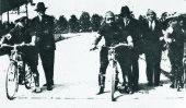 A destra il ravennate Basigli, pilota della Marini di Alfonsine (anni '20) Foto gentilmente concessa dall'amico Luigi Rivola
