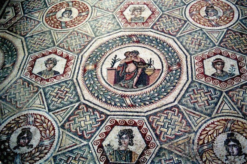 Resultado de imagen de piazza armerina mosaicos geometricos