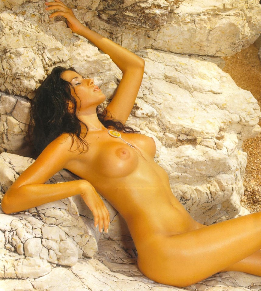 Aida yespica nude galleries