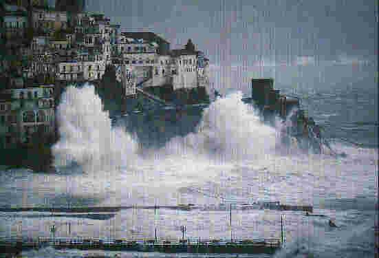 Amalfi Mareggiata.jpg (311145 byte)