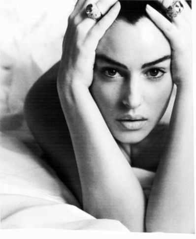 Monica Bellucci Calendario Max.Monica Bellucci Biografia