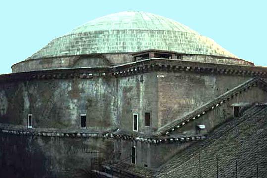 Ara pacis pantheon domus aurea for Esterno pantheon