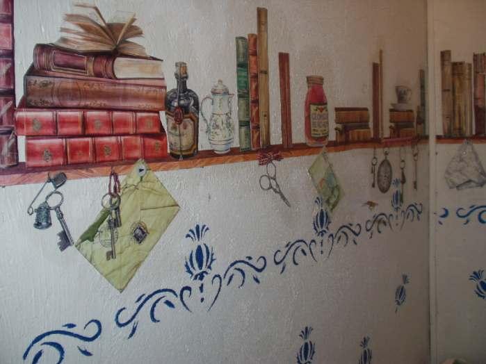 decoupage na ścianie