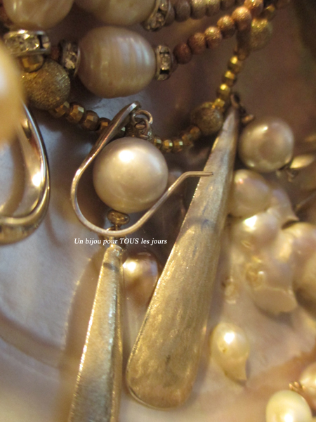 http://digilander.libero.it/paola80rossi/Pearls%20inspiration/7.jpg