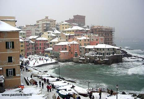Foto di Genova Boccadasse neve