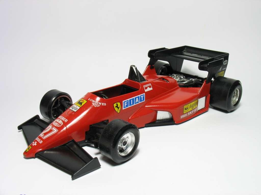 Catalogo Burago - 1/24 - Ferrari