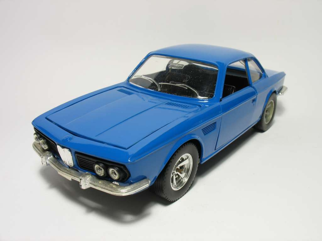 Catalogo Burago - 1/24 - BMW