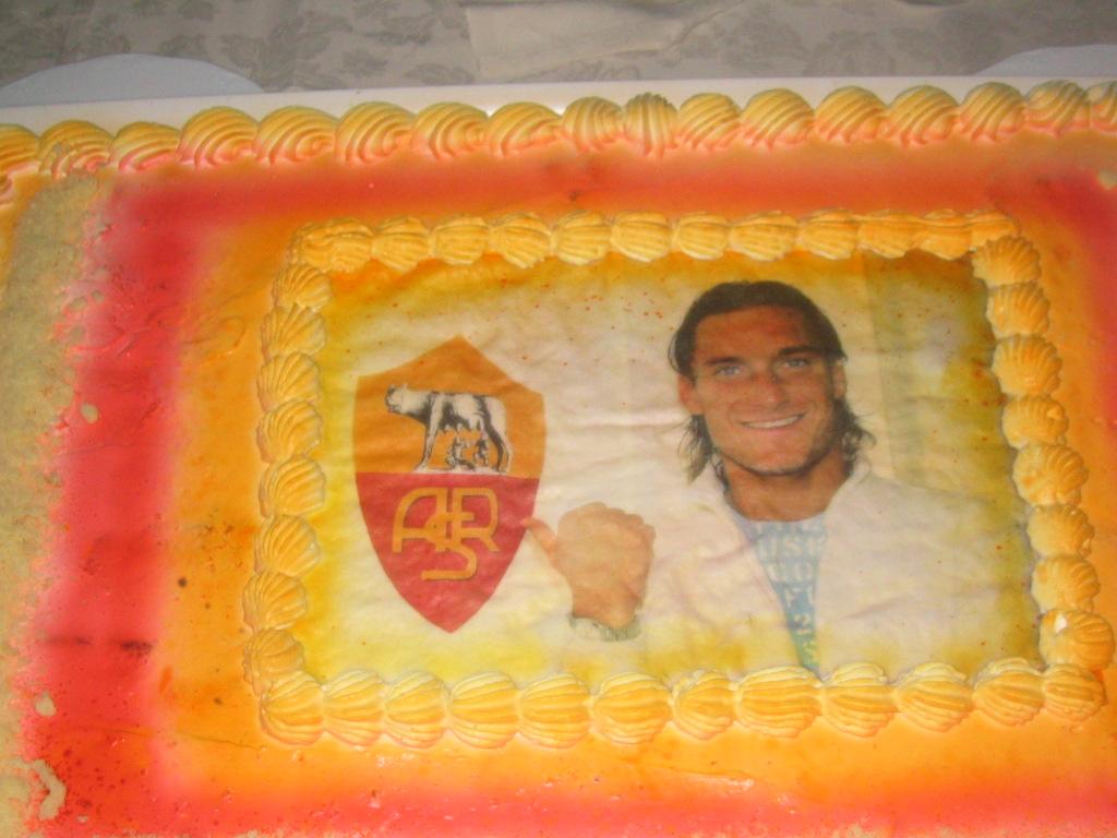 Forum paprina auguriiii - Colorazione pagina della torta di compleanno ...