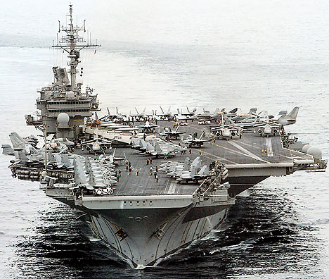 IRCRAFT CARRIER USS KITTY HAWK (CV63)