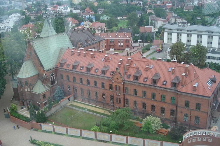 Cracovia lagiewniki pl cracovia pl for Interno a un convento
