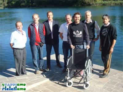 raccolta tappi di plastica per l'iniziativa STAPPIAMO e RICICLIAMO della Soap Kayak Race
