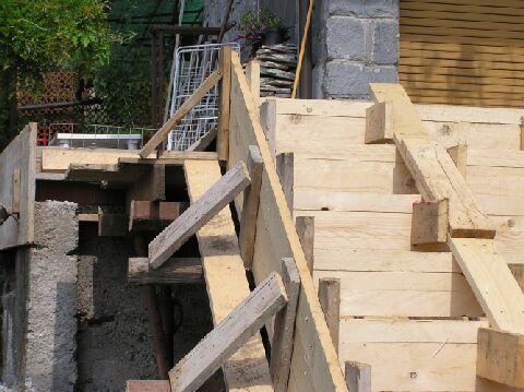 Una soletta in cemento armato - Scale in cemento armato ...