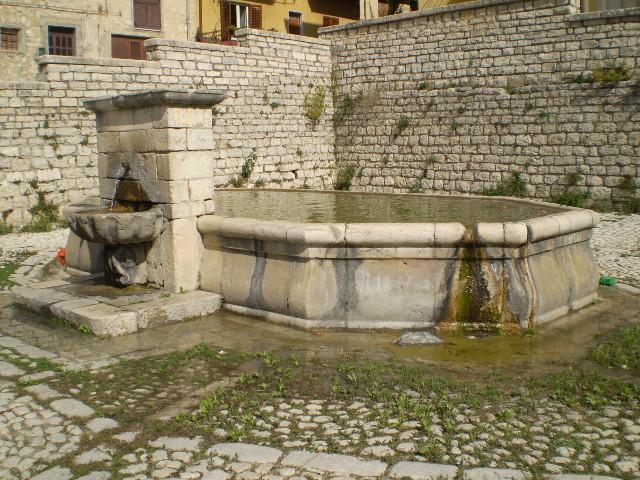 Come Costruire Una Fontana In Cemento.Forum Del Presepio Elettronico Multimediale Il Primo E Unico