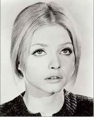 Rosina Fumo Viene In Citta... Per Farsi Il Corredo [1972]