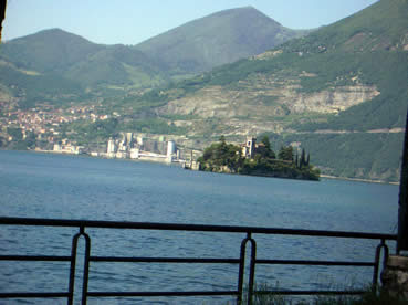 Loreto isolotto sul lago d'Iseo