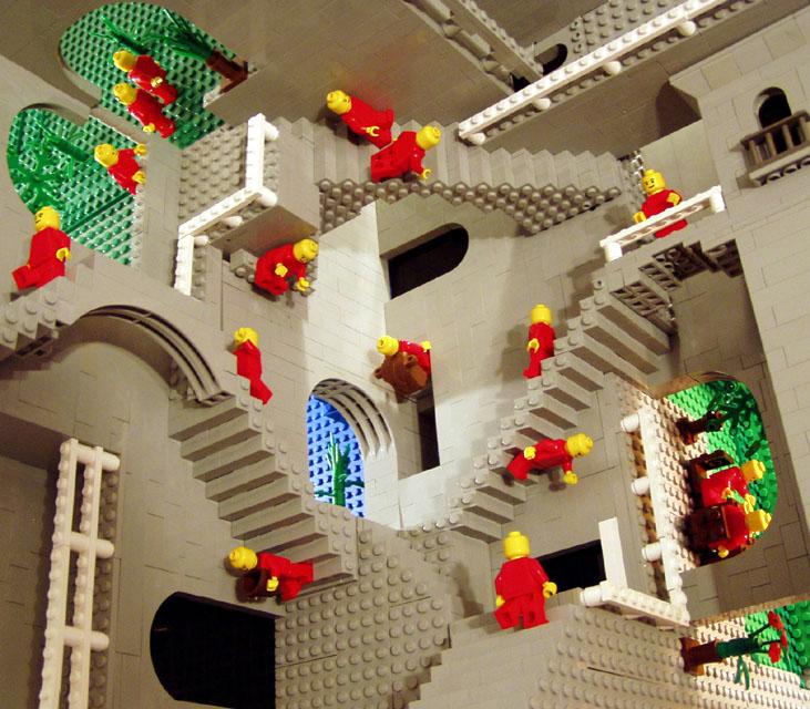Le scale di Escher riprodotto con i lego