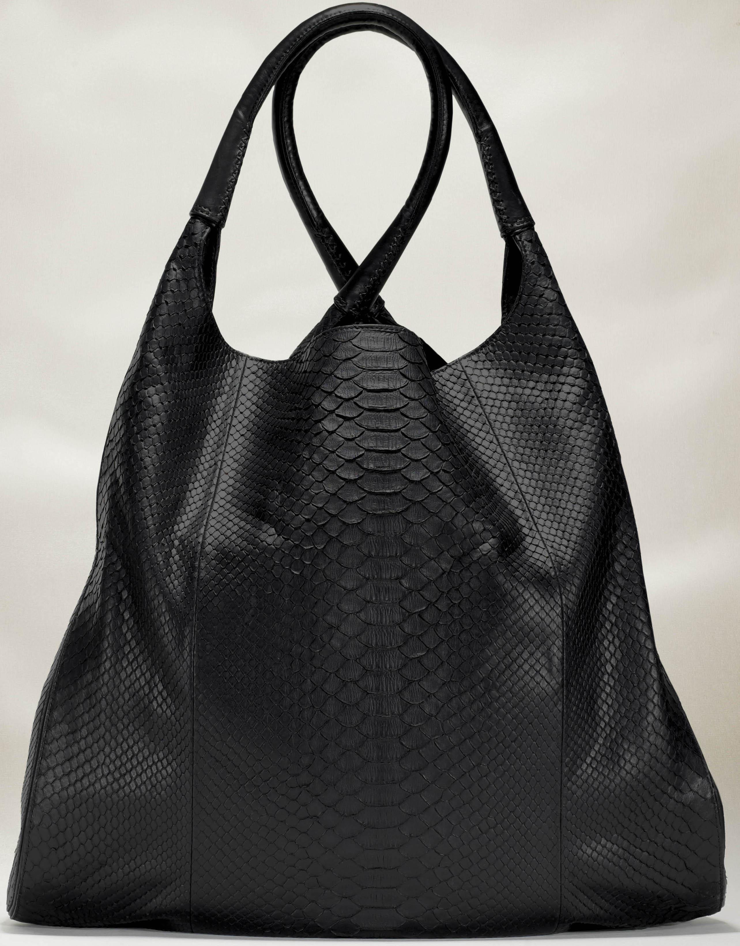Borse A Sacco In Pelle : Moda passioni e desideri devi kroell borse primavera