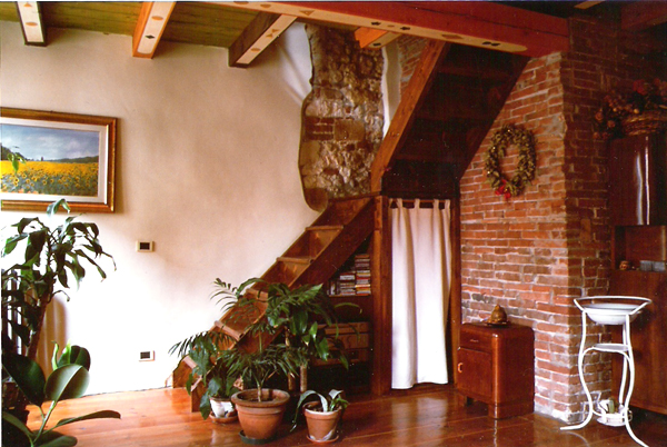 Verona walls a stylish self catering accommodation in for Mansarda con abbaino